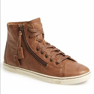 UGG Blaney high-top leather sneaker, size 9